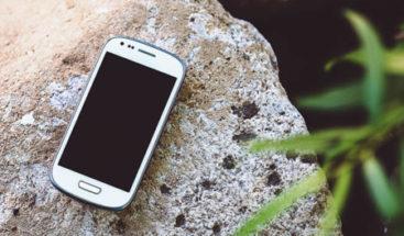 Dominicano muere al tratar de recuperar su teléfono