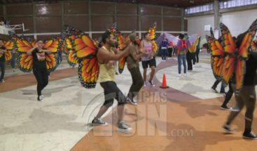 Coloridos altares para el día de muertos en México