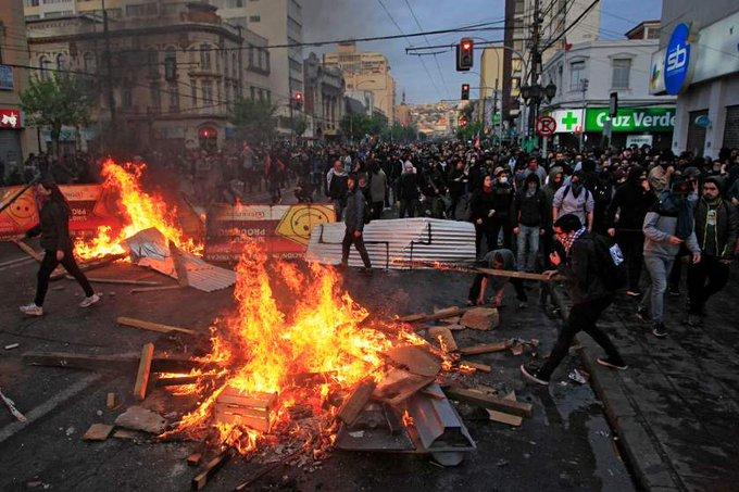 Gobierno de Chile confirma 15 muertes desde el inicio del estallido social