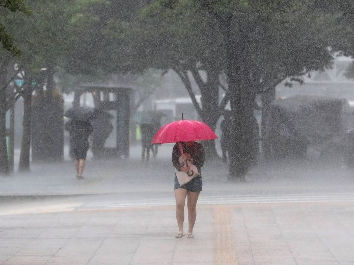Aguaceros dispersos y tormenta eléctricas por vaguada, según Onamet