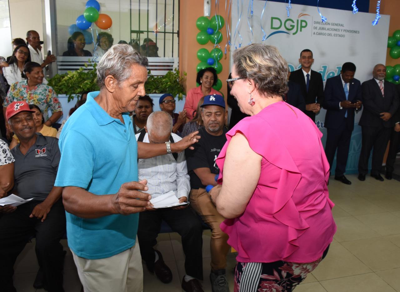 DGJP celebra el Día Internacional del Envejeciente junto adultos Mayores