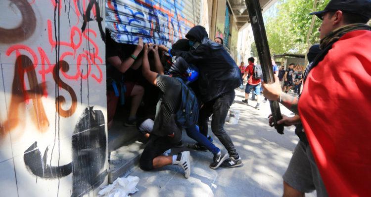 El comercio de Chile calcula pérdidas por más de 1.400 millones de dólares por protestas
