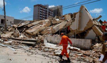Al menos dos muertos tras derrumbe de edificio en ciudad brasileña