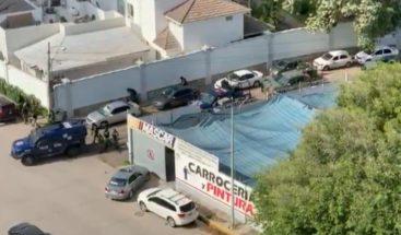 """8 agentes muertos en tiroteo en Sinaloa para capturar al hijo del """"El Chapo"""""""
