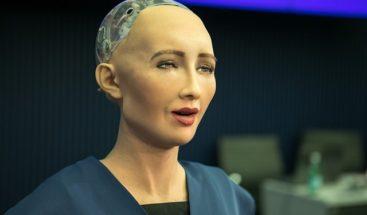 Sophia: robot con características humanas vendrá a RD