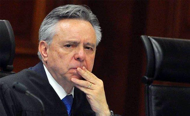 Renuncia ministro de Suprema Corte de México en medio de investigaciones a sus cuentas bancarias
