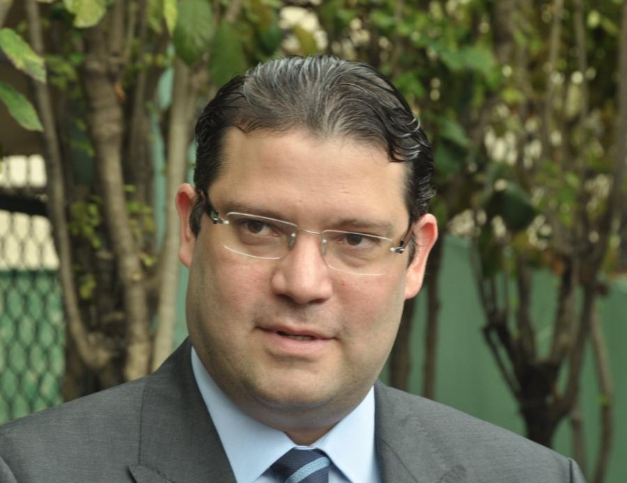Lovatón desmiente a Medina: Niega que en sus oficinas sepactara alianzaentre el PRM y Leonel