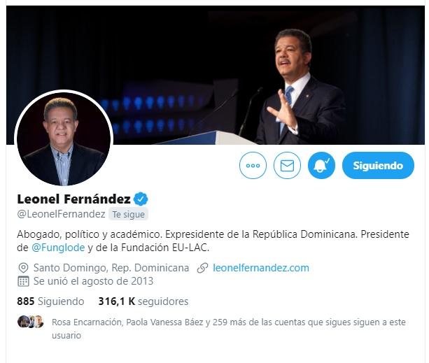 Leonel Fernández actualiza sus cuentas de Twitter e Instagram; Elimina vínculos con el PLD