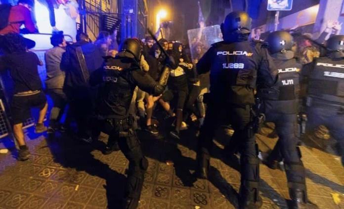 Investigan por terrorismo a plataforma que promueve protestas en Cataluña