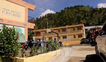 Dos comunidades en Constanza denuncian que paralizan docencia por falta de personal