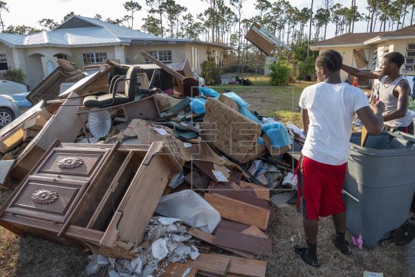 El huracán Dorian deja 1.208 desaparecidos en Bahamas y dispara su déficit
