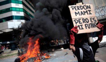 Al menos 101 heridos en protestas en Chile