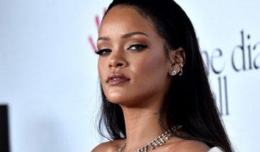 Rihanna revela que rechazó actuar en el Super Bowl: