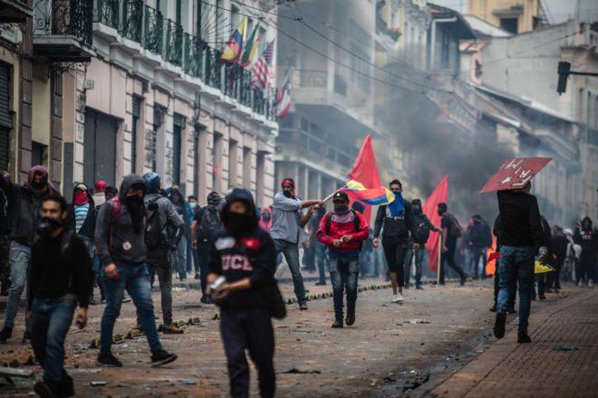 El Gobierno español dice estarmuy preocupado por las protestas en Ecuador