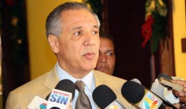 Ministro administrativo de la presidencia reconoce renuncia de Saladín