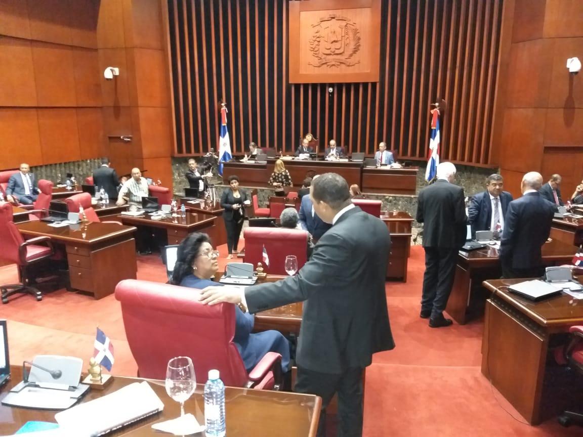 Senado envía a comisión bicameral proyecto de presupuesto nacional de 900 millones de pesos