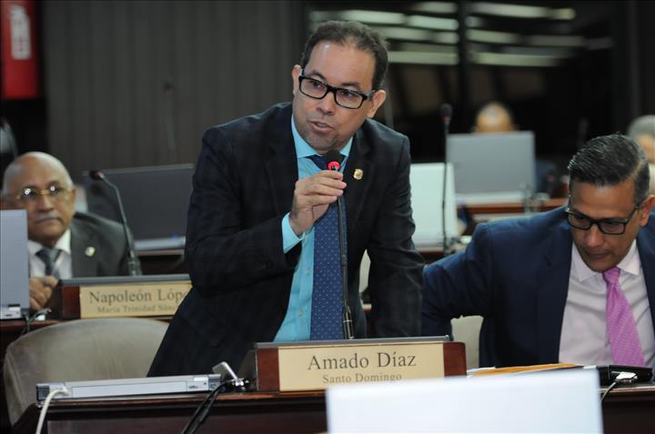 Diputados PRM: ¨Aunque nos beneficia ruptura PLD, haremos el trabajo para garantizar triunfo de Abinader¨