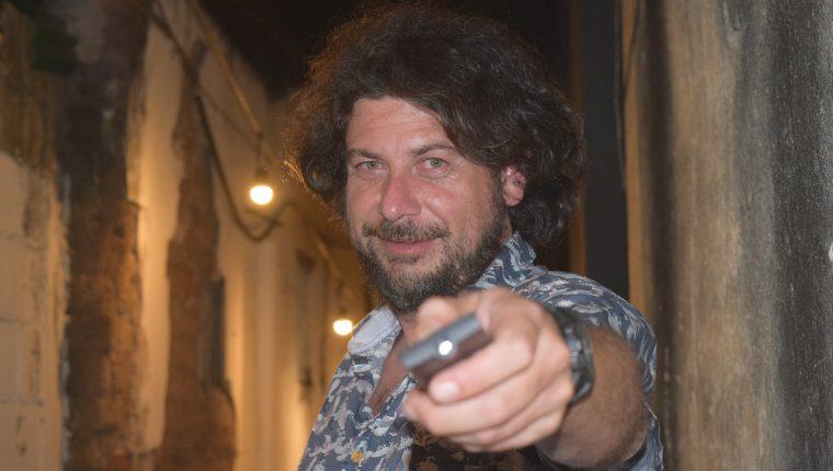 El cineasta Rodolfo Espinosa cree que la piratería mide el