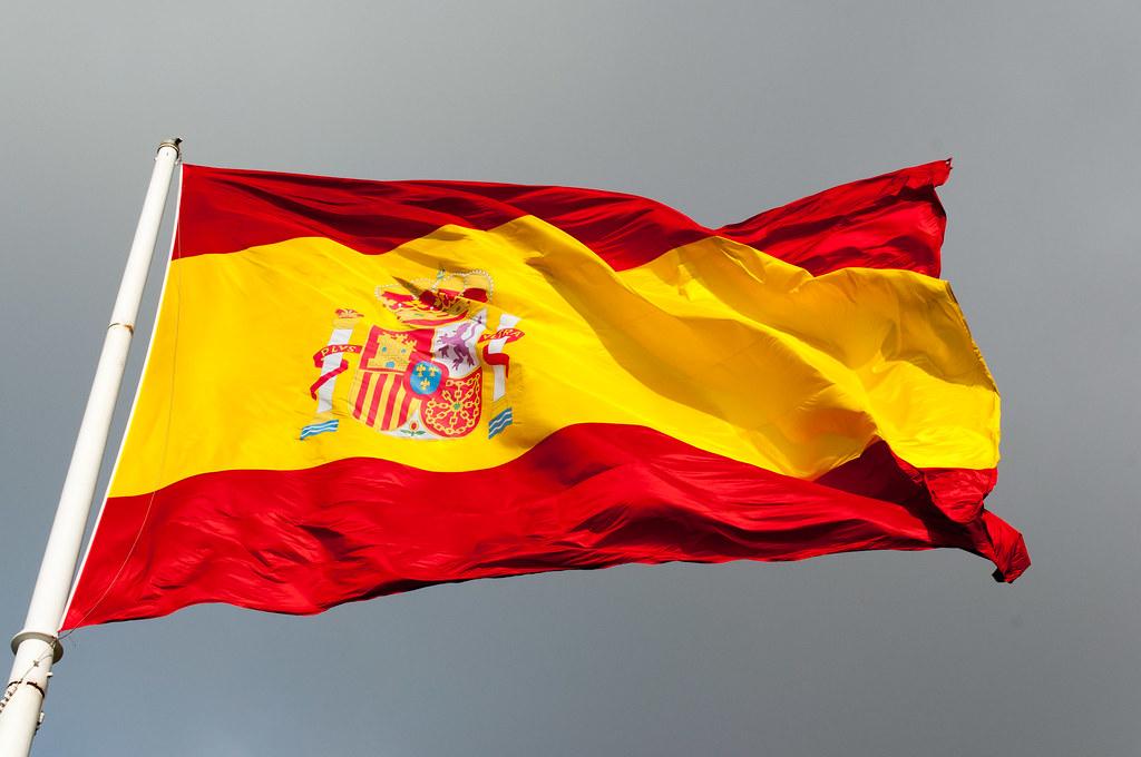 España se lanza a la carrera electoral con el trasfondo de Cataluña y Franco