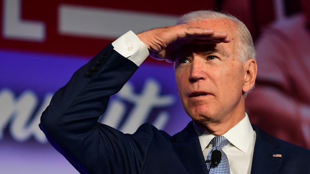 Joe Biden se muestra por primera vez a favor de un juicio político a Trump