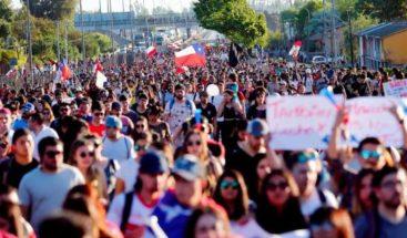 Latinoamérica debe aprovechar a sus jóvenes y evitará revueltas, dice experto
