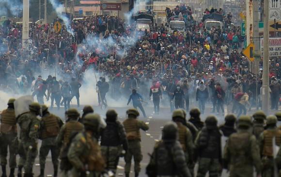 Protestas ponen contra las cuerdas a la debilitada economía de Latinoamérica