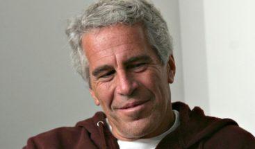 Imputan a dos guardias encargados de la celda de Epstein por falsificar datos