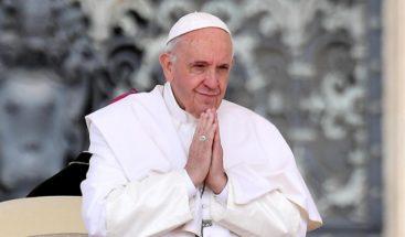 El papa Francisco dona 250.000 euros para ayudas en Líbano