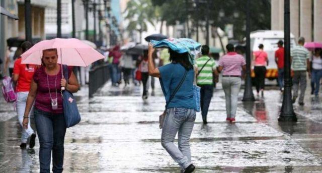 Vaguada y onda tropical comienzan a incidir sobre el país, según Onamet
