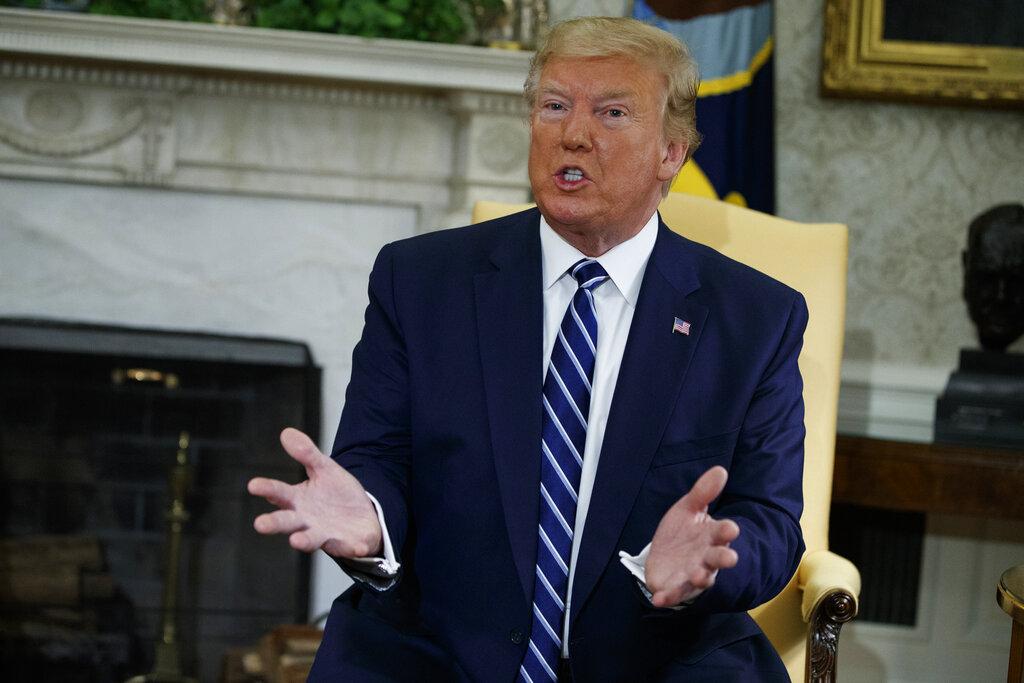 Trump pide frenar el juicio político en vísperas de su inicio en el Senado