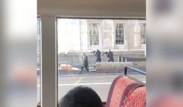 Un detenido tras un incidente con un cuchillo cerca del Puente de Londres