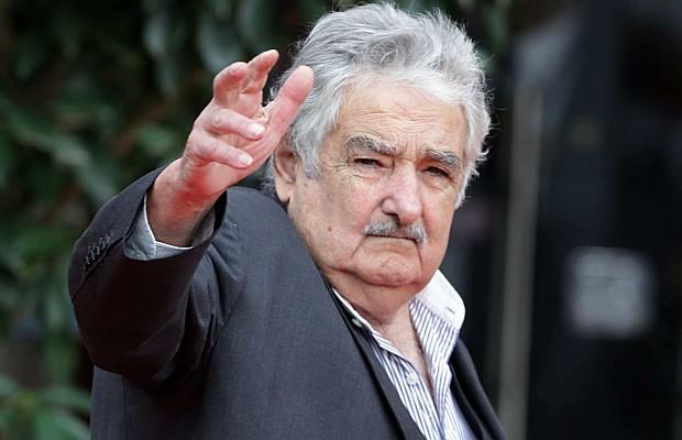 Mujica le escribió una carta a la presidenta interina boliviana para que pare la represión