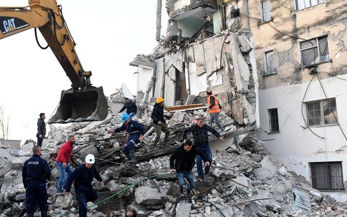 Siete muertos y unos 260 heridos en terremoto de magnitud 6,4 en Albania