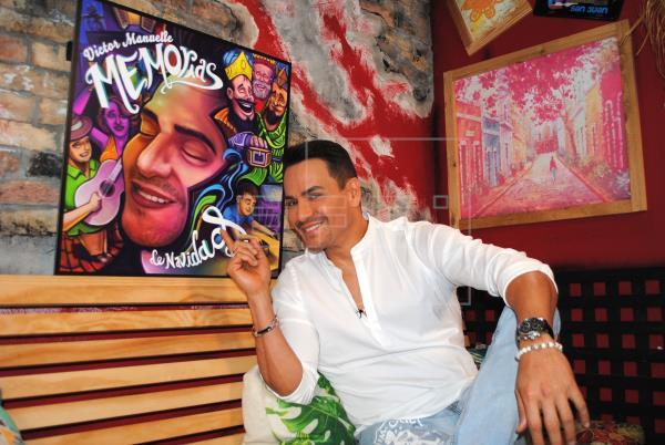 Victor Manuelle con nueva música navideña