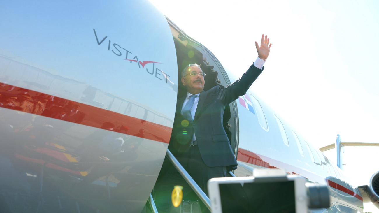 Presidente Danilo Medina saldrá este sábado hacia Madrid, España