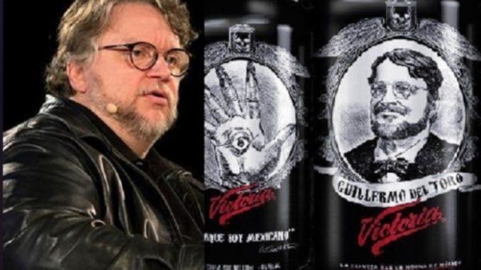 Guillermo del Toro y la cervecera Victoria subsanan su