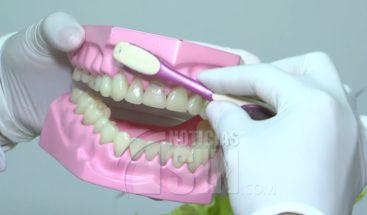 Especialistas revelan niños no se cepillan bien los dientes