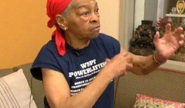 Ladrón entra a casa de una anciana y ella le da una paliza que lo manda al hospital