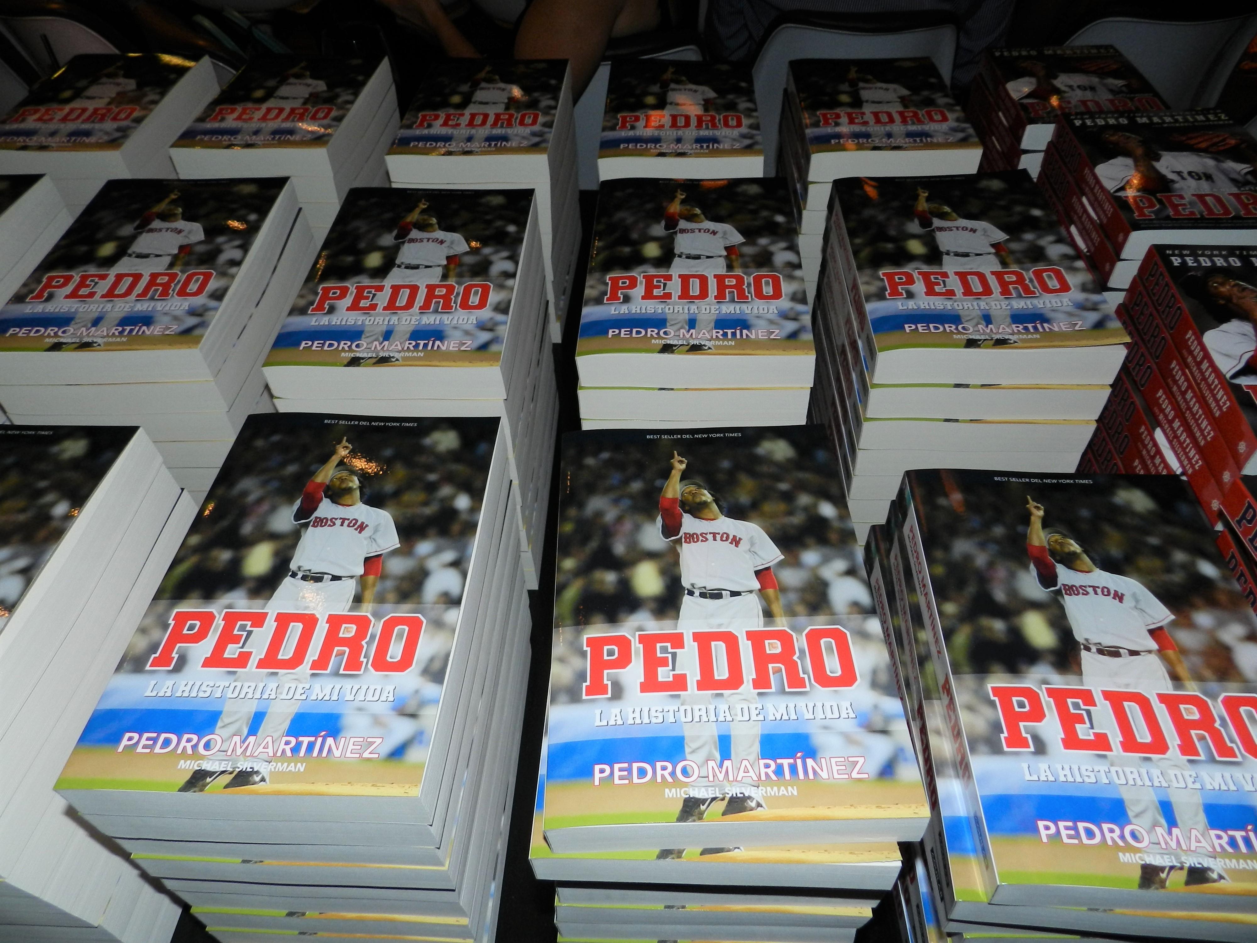 Presentan autobiografía de Pedro Martínez en Miami Beach