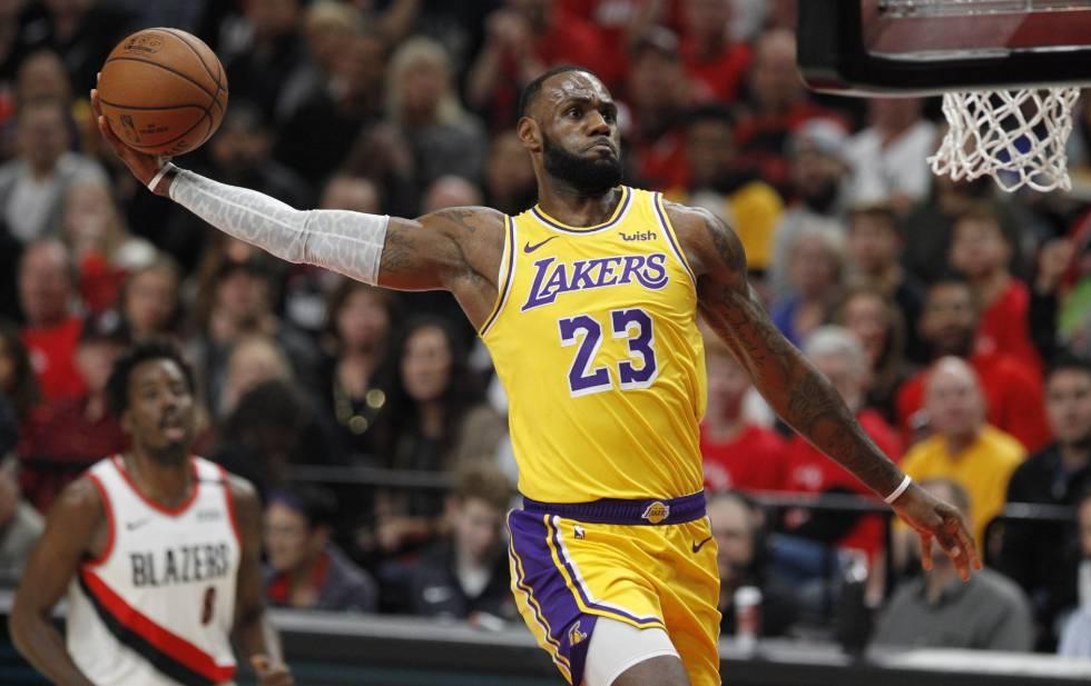 12-107. James logra triple-doble contra todos los equipos y ganan los Lakers