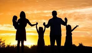 El Anillo Familiar: Los desafíos de las familias hoy en día
