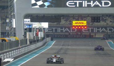 Bottas, por delante de Hamilton en Abu Dabi; Sainz, el 11 y 'Checo', octavo