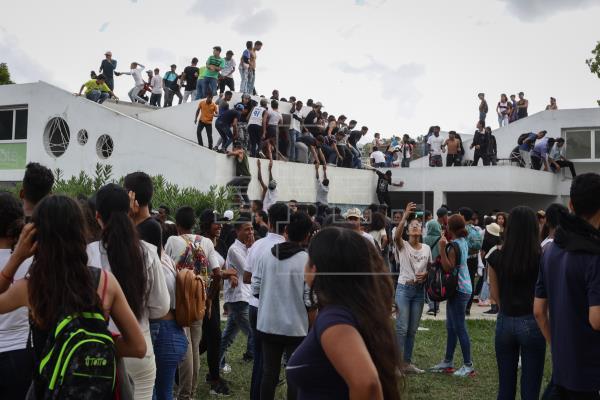 Una fallecida y decenas de heridos tras fallido concierto gratuito en Caracas