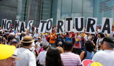 Iglesia católica insta a venezolanos a protestar contra maduro