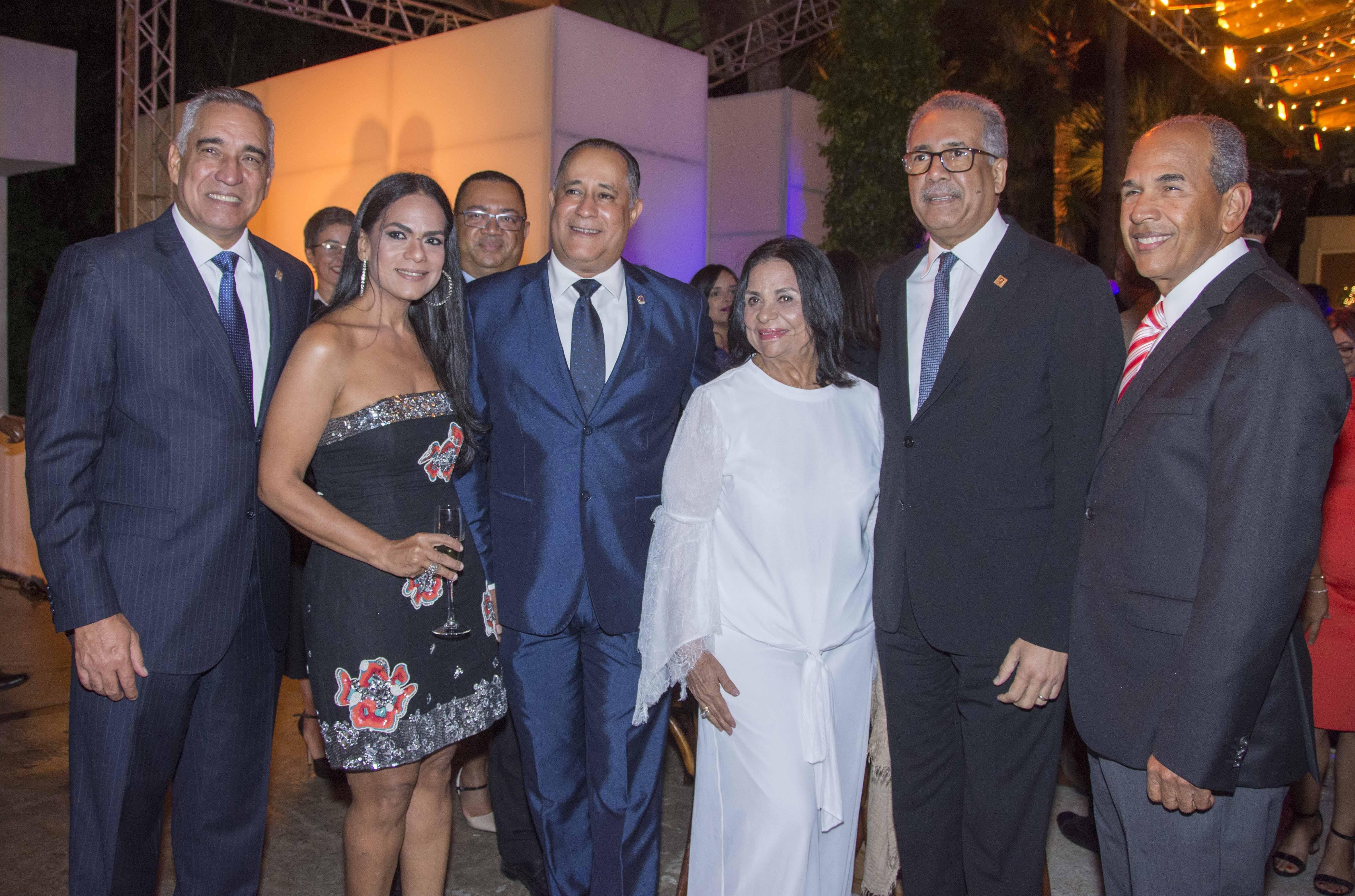 Lizardo Mézquita destaca utilidades alcanzadas por Banreservas