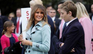 Primera dama de EE.UU. saca las uñas para defender a su hijo