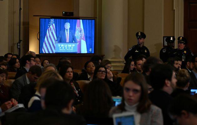 Demócratas anunciarán este martes sus cargos contra Trump en el juicio político