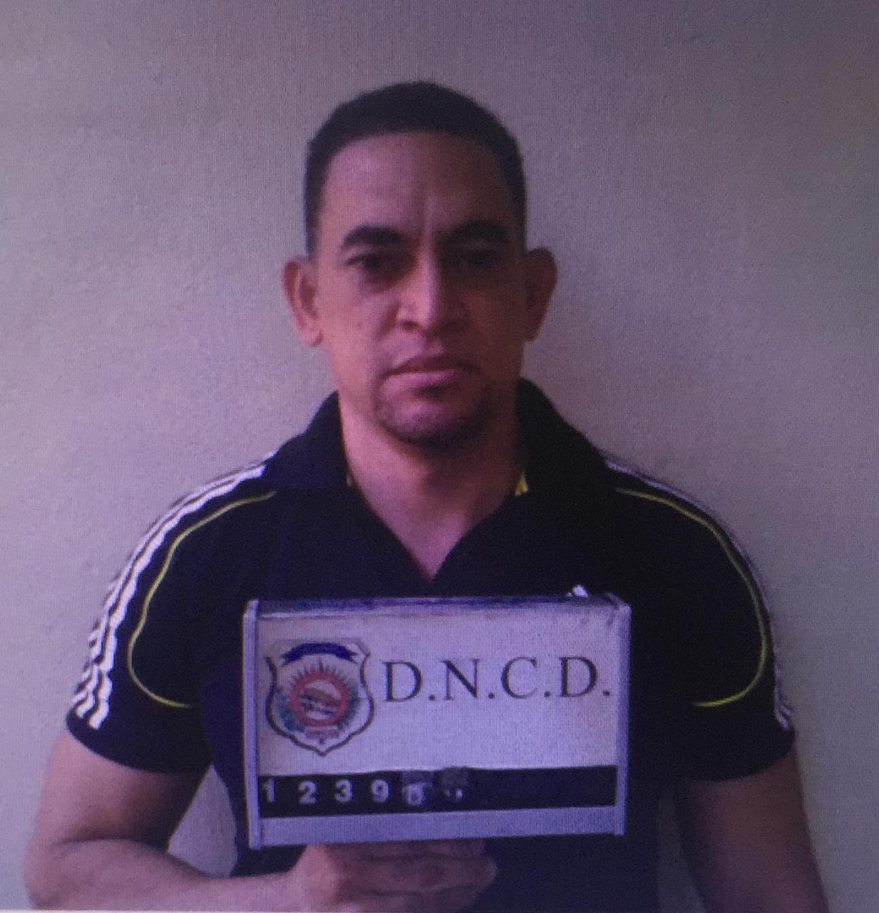 Colocan alerta migratoria contra exoficial PN presunto cabecilla de red de narcotráfico
