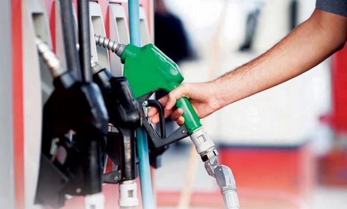 Suben precios de la mayoría de los combustibles; GLP baja dos pesos con diez centavos