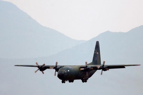 EE.UU. envía avión a Chile para buscar aeronave desaparecida con 38 personas